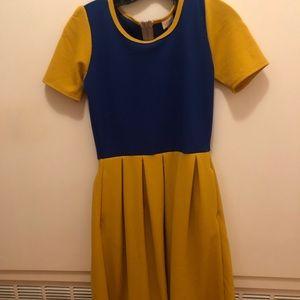 Lularoe Amelia Snow White inspired dress NWOT